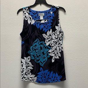 Ladies pleated round neck sleeveless blouse
